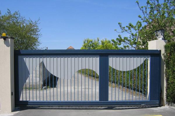 Portail aluminium ad menuiserie portail maison for Portail maison sur mesure
