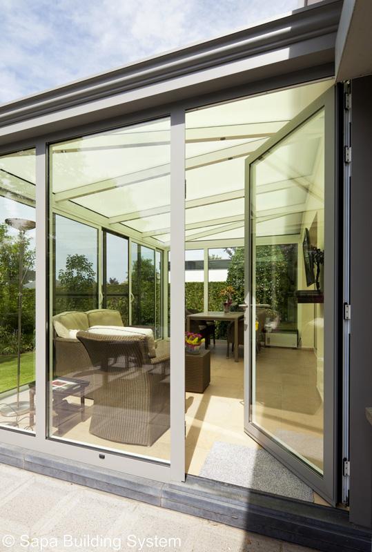 v randa sur mesure ad menuiserie v randa aluminium. Black Bedroom Furniture Sets. Home Design Ideas